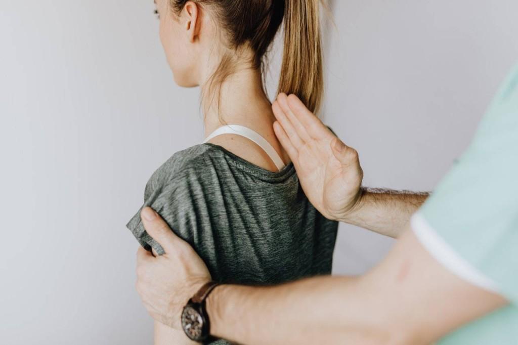 背骨の仕組みと働き