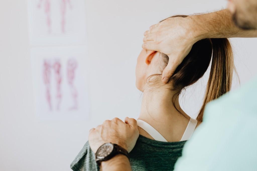 肩こりのストレッチ方法